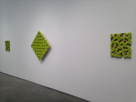 Donald Moffett, any fallow field (Installation View)