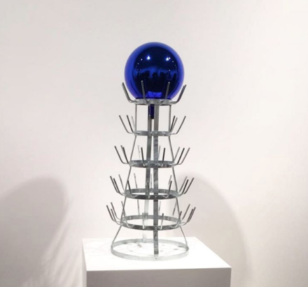Jeff Koons, Gazing Ball (Bottlerack) (2016)