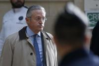FILE PHOTO International art dealer Guy Wildenstein arrives for his trial at Paris court