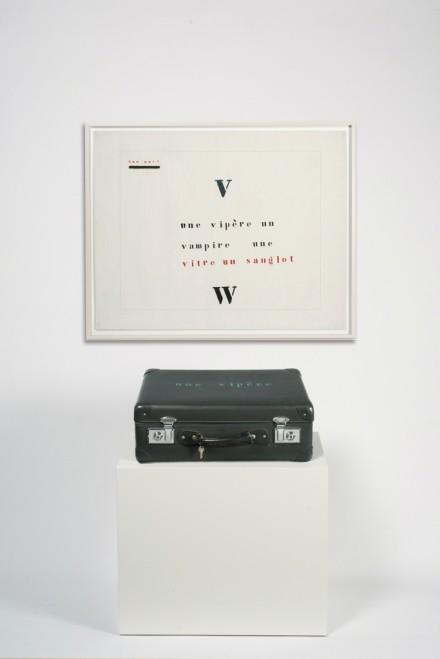 Marcel Broodthaers, Valise Vipère (1974), via Marian Goodman