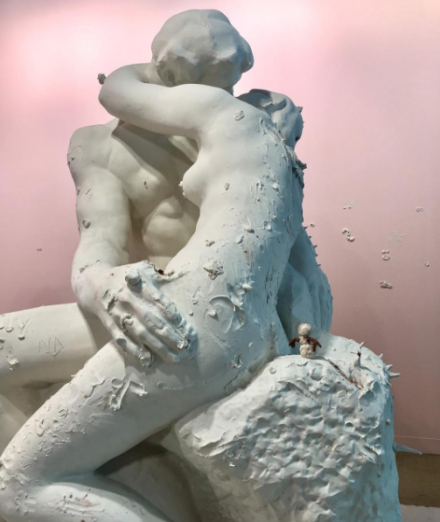 Urs Fischer, The Kiss (2017), via Art Observed