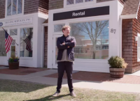 Joel Mesler in front of his East Hampton Gallery, via Financial Times