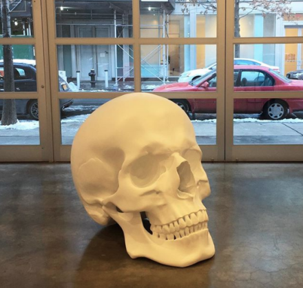 Katharina Fritsch, Skull (2017), via Art Observed