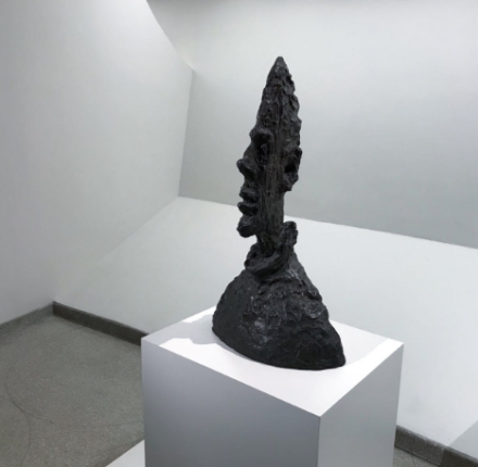 Giacometti (Installation view), via Art Observed