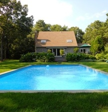 Enjoy a 4 Night Stay in a Luxury Home in East Hampton, NY