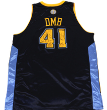 Denver Nuggets Jersey signed by all of Dave Matthews Band