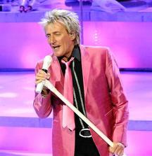 4 FRONT ROW Tickets to See Rod Stewart in St. Paul, MN on August 10