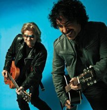 2 Tickets to See Daryl Hall & John Oates LIVE at the US Show of Your Choice Plus a Signed Vinyl