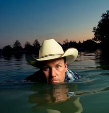Meet Rodney Carrington & Receive 2 Artist Guest List Tickets to a Show of Your Choice