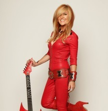 Meet Lita Ford & Receive 2 Artist Guest List Tickets to a Show of Your Choice