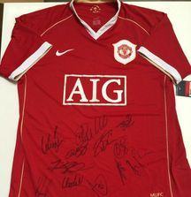 Manchester United 2006-2007 Team Signed Jersey