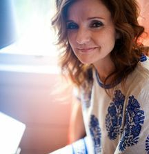 Meet Patty Griffin & Receive 2 Artist Guest List Tickets to a Show of Your Choice