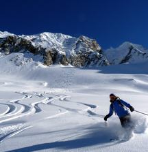 All-Inclusive 5-Day Heli-Skiing Trip for 2 with Canadian Mountain Holidays