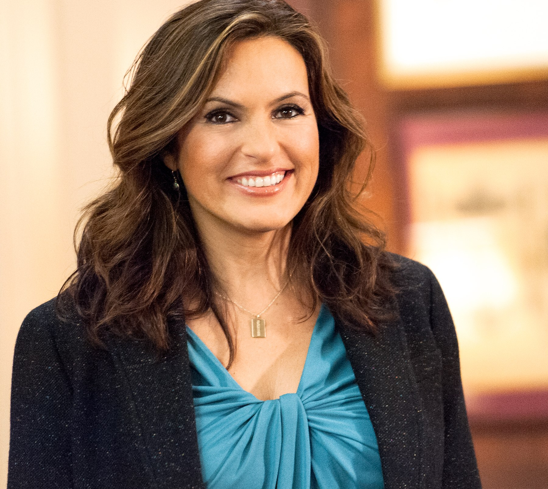 Living For Liv A Ranking Of Olivia Bensons Svu Hair Gloss And Dirt