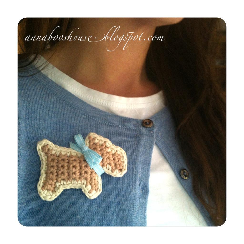 Amigurumi Scottie Dog Pattern : Scottie Dog Brooch ? How To Sew A Fabric Animal Brooch ...