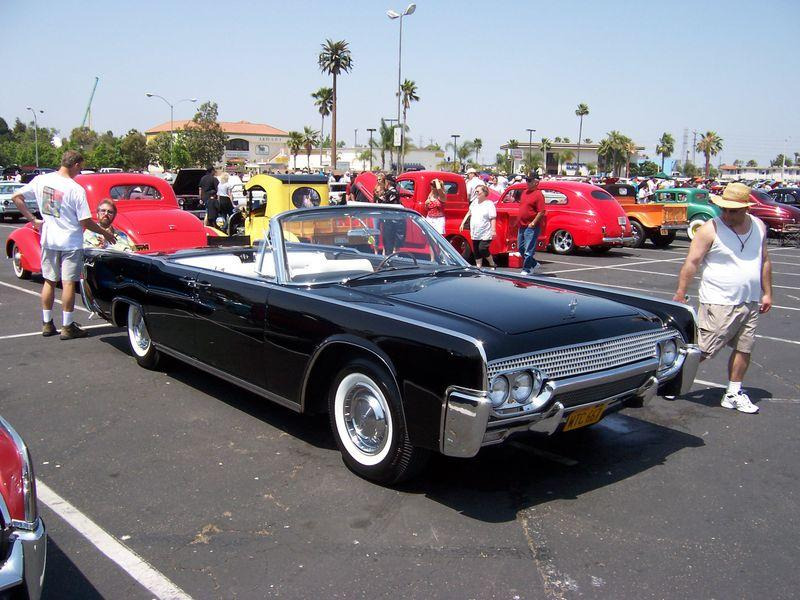Hagerty Valuation Tool >> 1963 lincoln continental Values | Hagerty Valuation Tool®