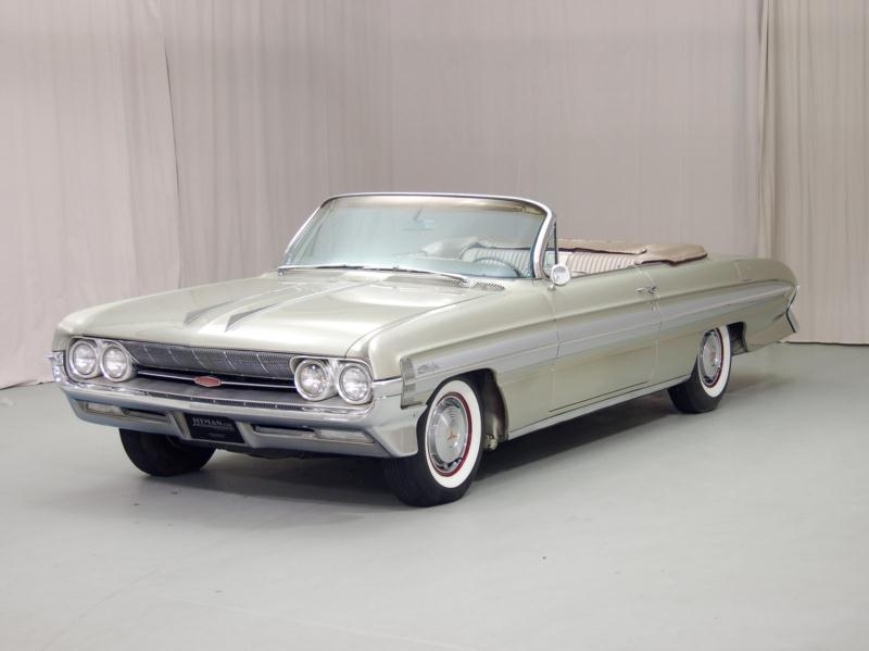 1961 Oldsmobile Super 88 Starfire Convertible