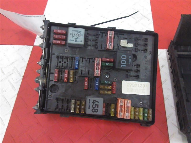 06 07 volkswagen vw passat fuse box engine compartment click to close full size