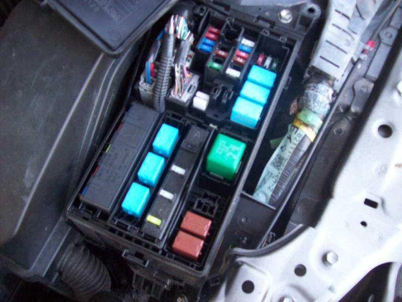 driver left fuse box engine convertible fits 06 15 lexus is250 image is loading driver left fuse box engine convertible fits 06