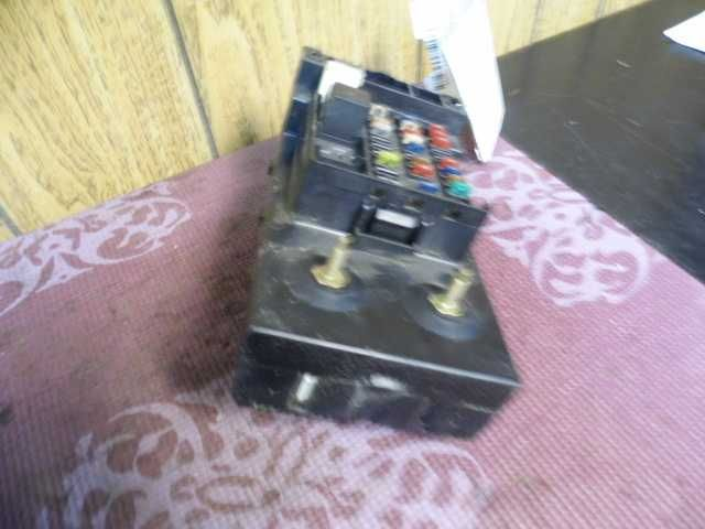99 00 01 F250 F350 Sd Under Dash Fuse Box Relay Panel Id