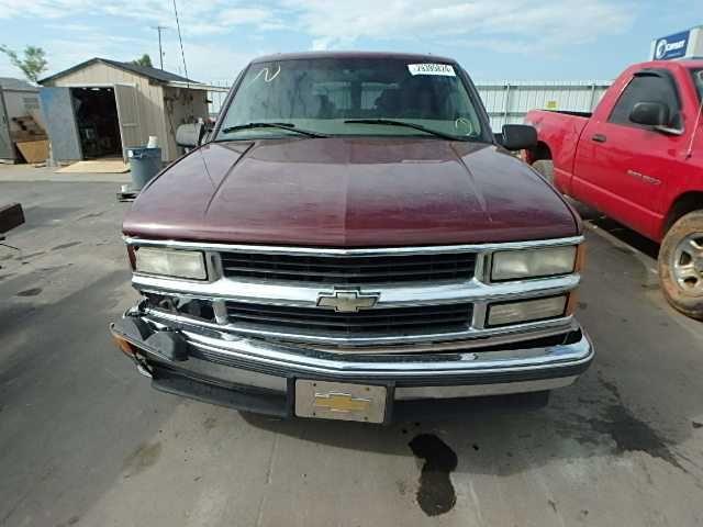 95 96 97 98 Chevy Suburban 1500 Rear Axle Assembly 564970