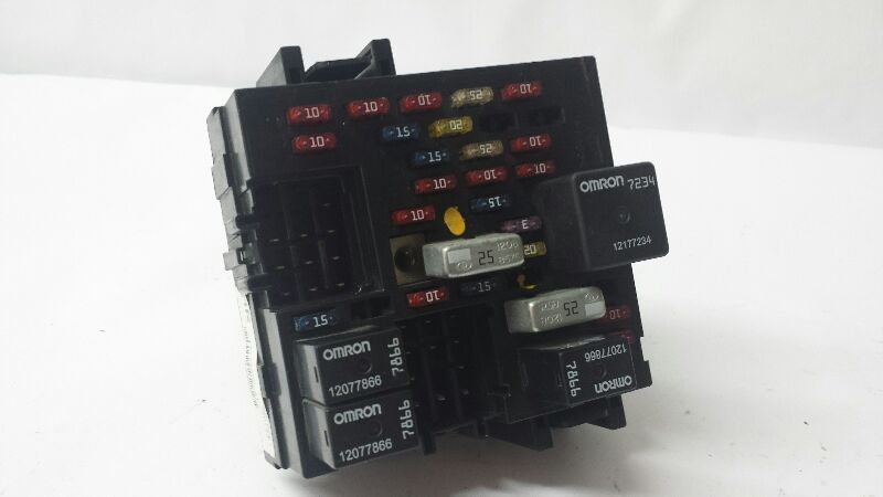 Cabin Fuse Box 2001 Suburban 1500 P  N Mr15770992