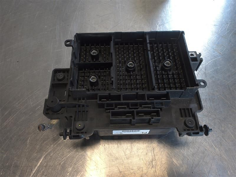 fuse box engine fits 03 07 hummer h2 392224
