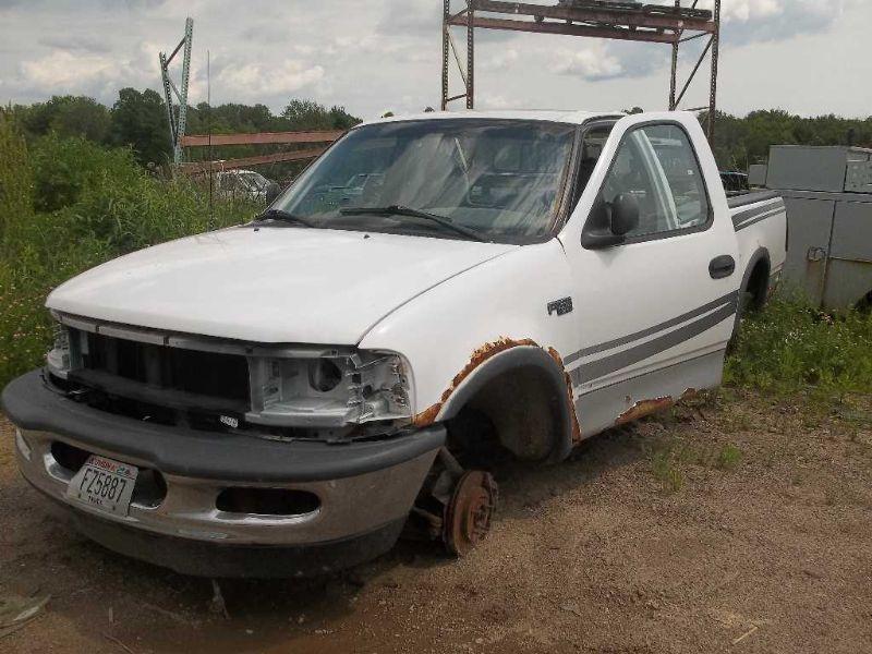 97 98 Ford F150 Dash Panel 118195