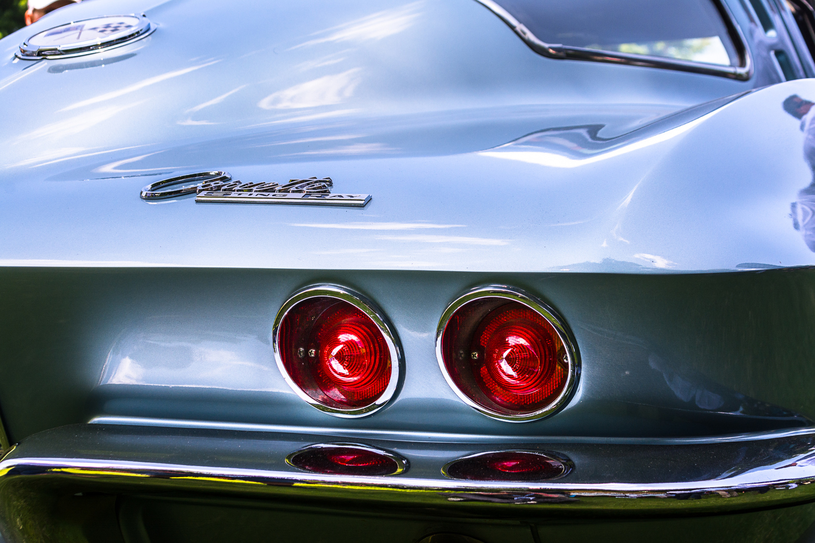 Classic Automobiles 1963 Corvette Stingray Split-window Coupe