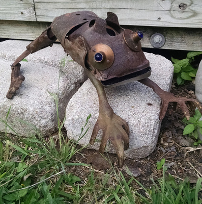 Rusty Crocodiles - The Assemblage Art of Scott Rolfe The Piecable Kingdom