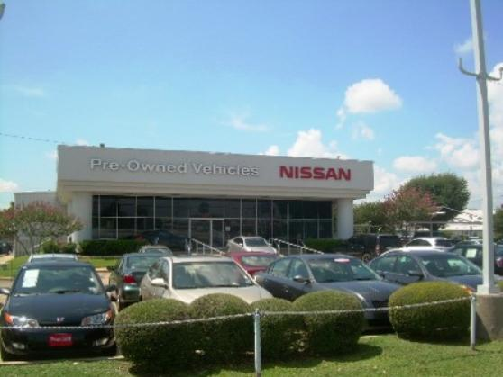 Town_north_nissan_4