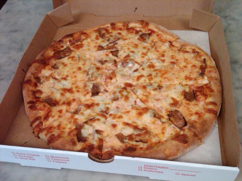 Vincenzos_-_pizza