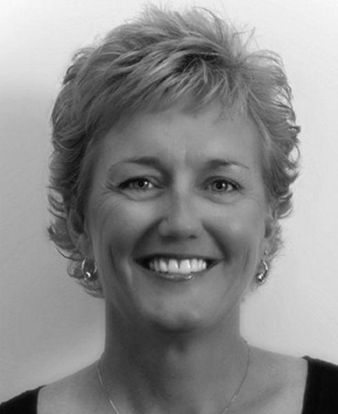 Helen_wagner_-_state_farm_insurance_agent