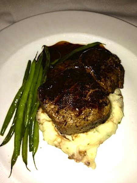 Crossings_-_filet_mignon_-_loaded_mash_potatoes___haricots_verts_-_photo_by_my_d