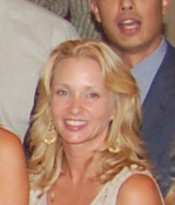 Elisa H. in New York, NY