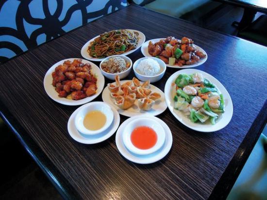 Hunan Manor Chinese Restaurant in Fayetteville, AR, photo #3