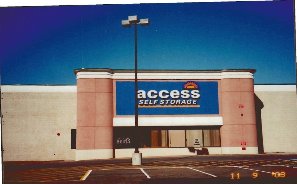 Access-self-storage-store-front