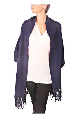 Poncho in cashmere e lana con frange double face Aram V Capri | 3 | PNSEFFW16-FBFUCSIA