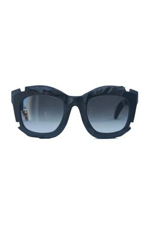 Kuboraum sunglasses with broken effect frame Kuboraum | 53 | MASKEB2 RONERO