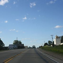 Downtown Middle Inlet on US. 141, Wisconsin (Photo by CTC Media)