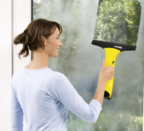 WV50 Window Vac Cleans Glass