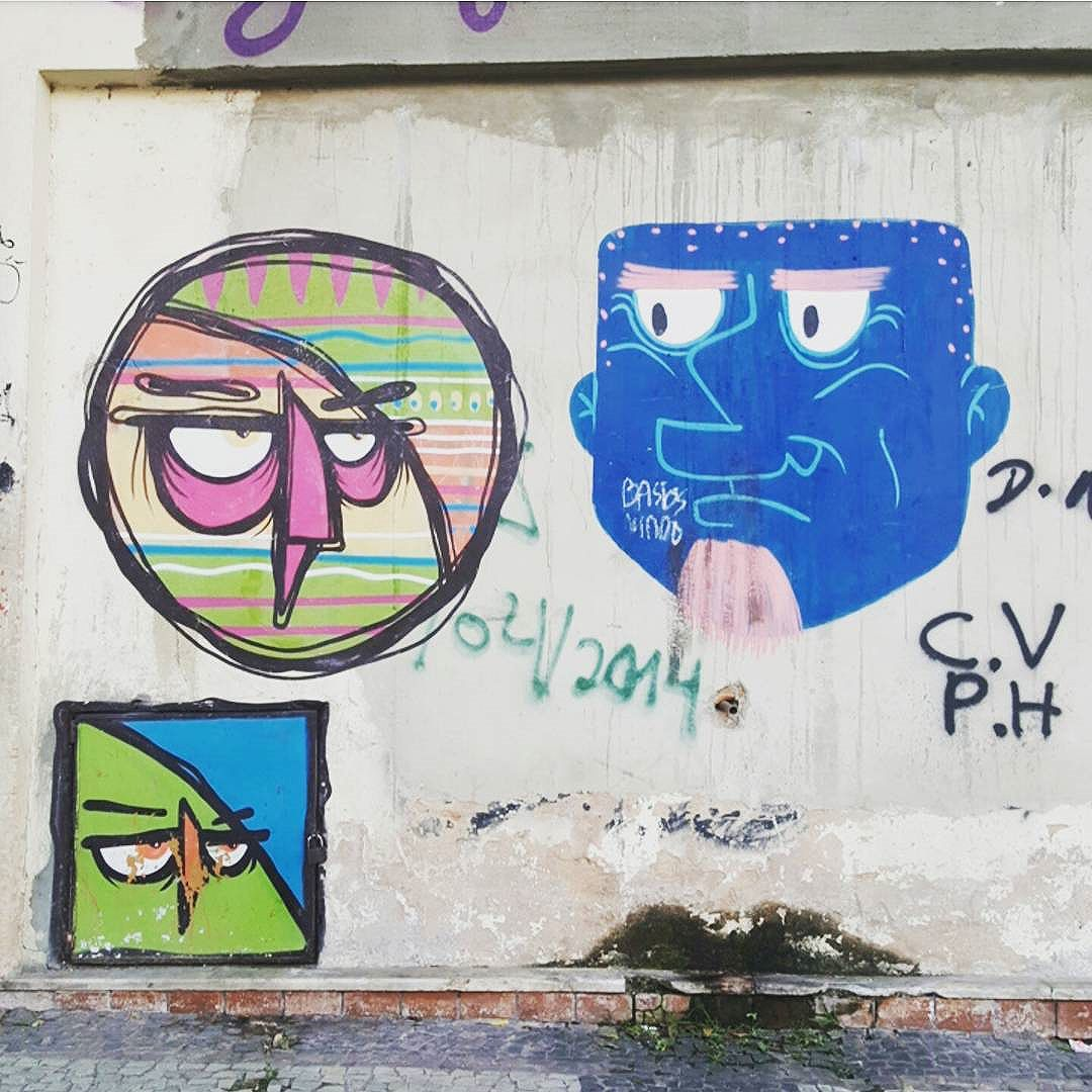 #olharever #pelasruasdoriodejaneiro #art #artepelasruas #pintura #paint #paintart #graffiti #graffitiart #graffitipaint  #spray #sprayart #sprayartist #streetartverywhere #streetartlovers #instagrafite  #streetartrio #StreetArtRio #streetartofficial #streetstyle #streetartistry #streephotography #urban #urbanart #urbanstreetart #mural #muralart #centrodacidade #downtown #citycenter