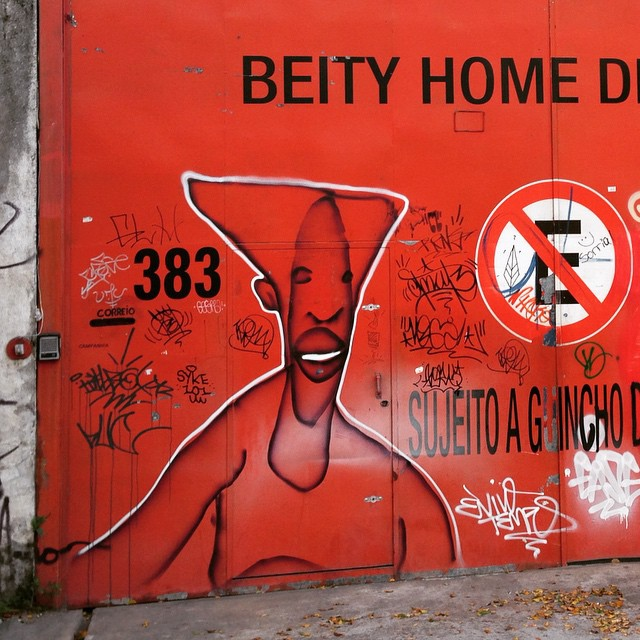 Compartilhado por: @samba.do.graffiti em May 13, 2015 @ 07:38