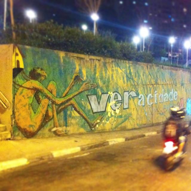 Compartilhado por: @streetartsaopaulosampa em May 22, 2015 @ 13:22