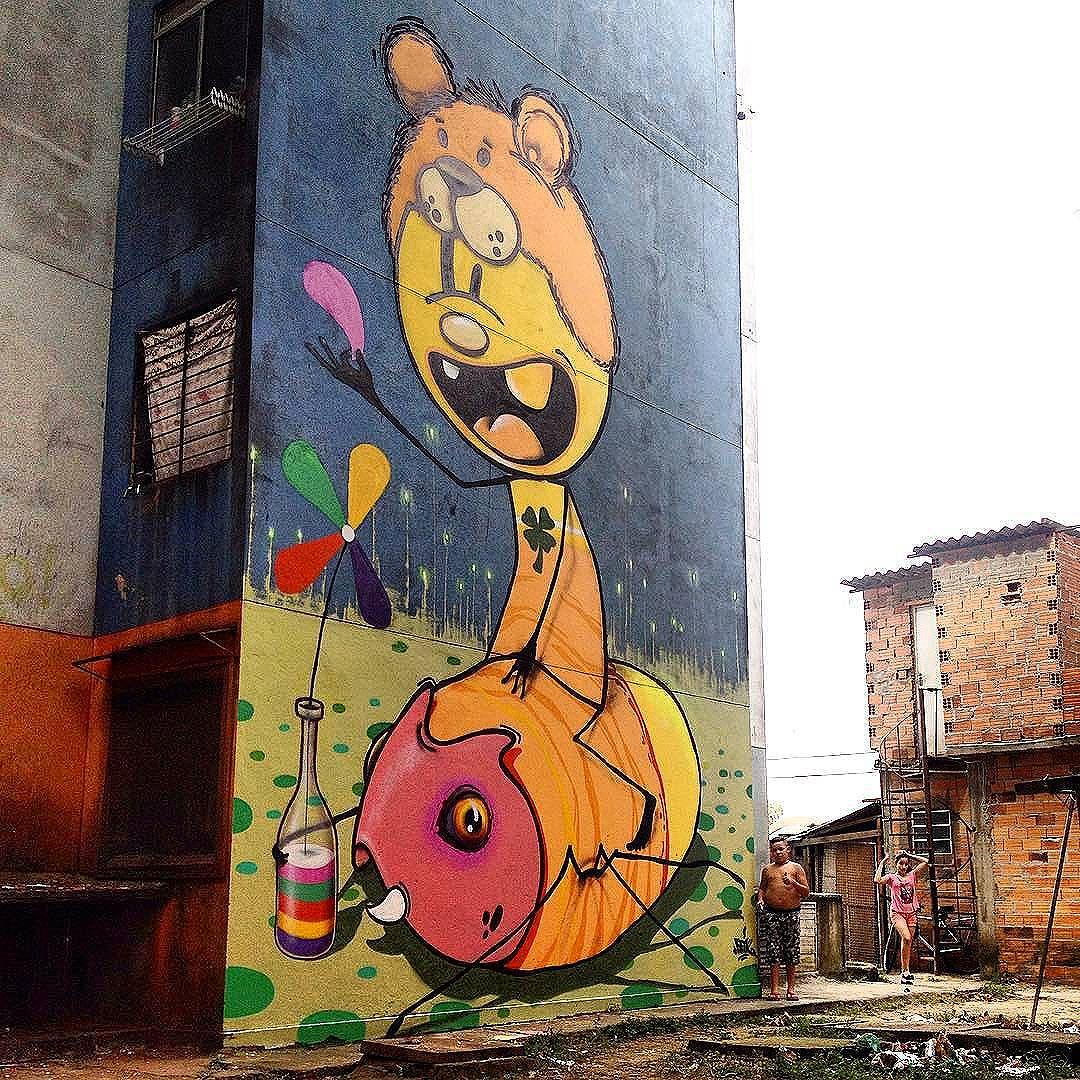 Compartilhado por: @tschelovek_graffiti em Nov 19, 2015 @ 08:46