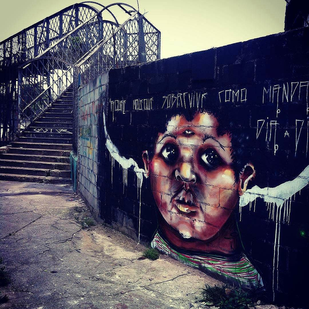 Compartilhado por: @tschelovek_graffiti em Nov 29, 2015 @ 03:38