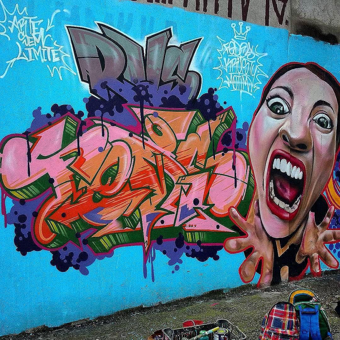 Compartilhado por: @tschelovek_graffiti em Nov 29, 2015 @ 07:39