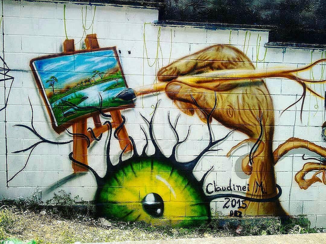 Compartilhado por: @tschelovek_graffiti em Dec 07, 2015 @ 13:07