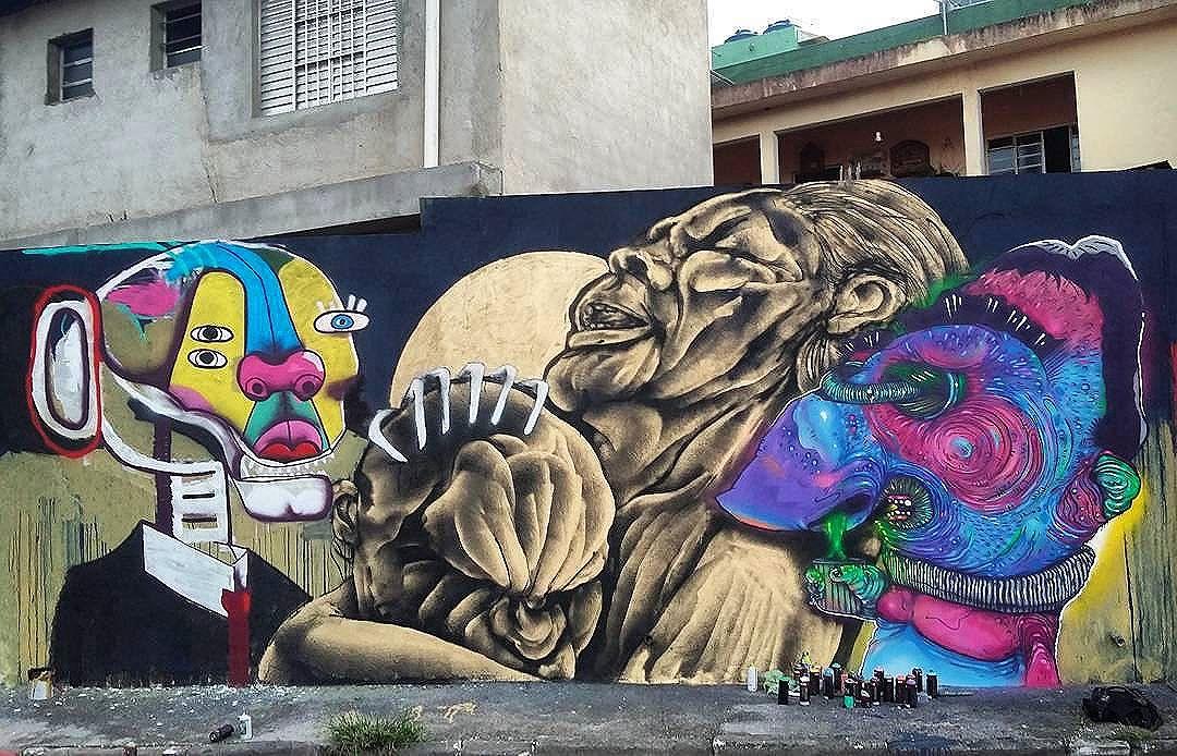 Compartilhado por: @tschelovek_graffiti em Dec 25, 2015 @ 07:22