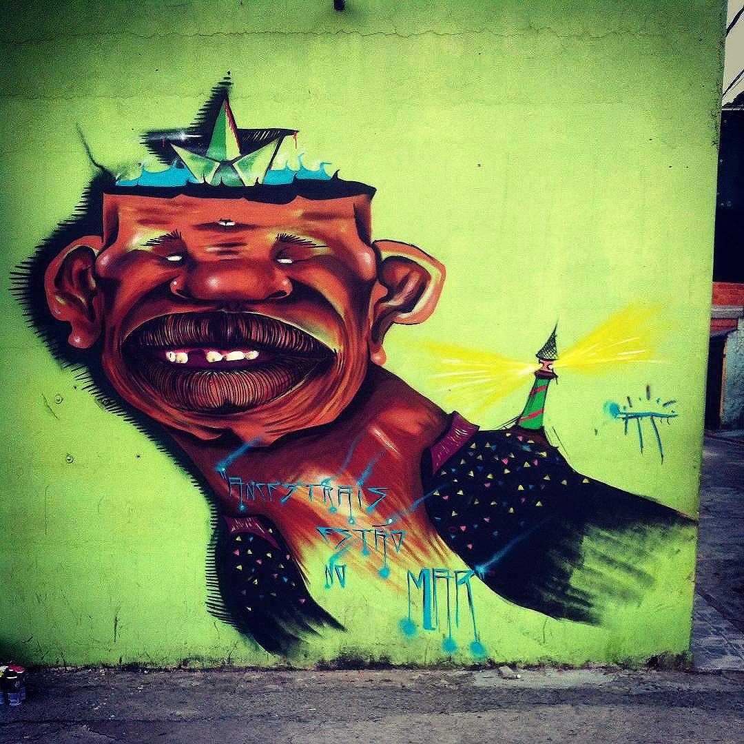 Compartilhado por: @tschelovek_graffiti em Jan 09, 2016 @ 17:56